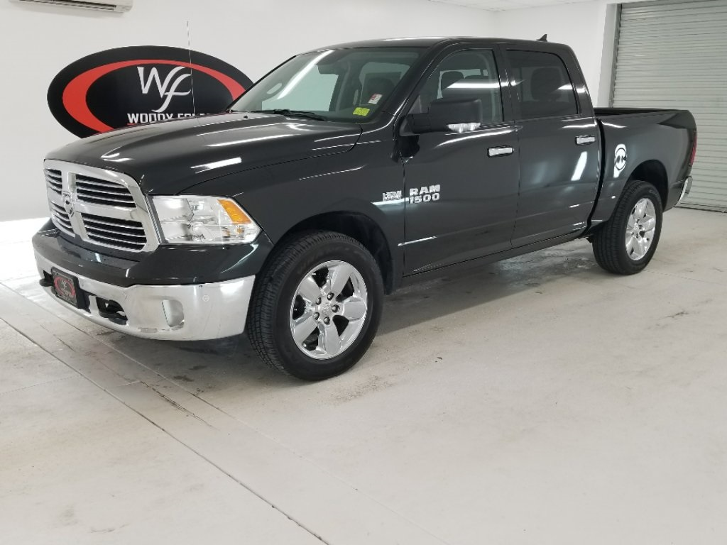 2017 Ram 1500 Crew Cab 4x4, Pickup #DT060173 - photo 1