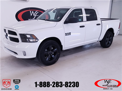 2018 Ram 1500 Crew Cab 4x2,  Pickup #DT061283 - photo 1