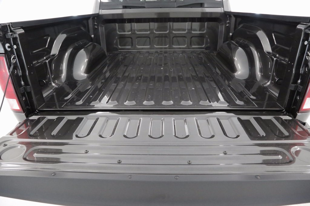 2017 Ram 1500 Crew Cab 4x4,  Pickup #DT071771 - photo 10