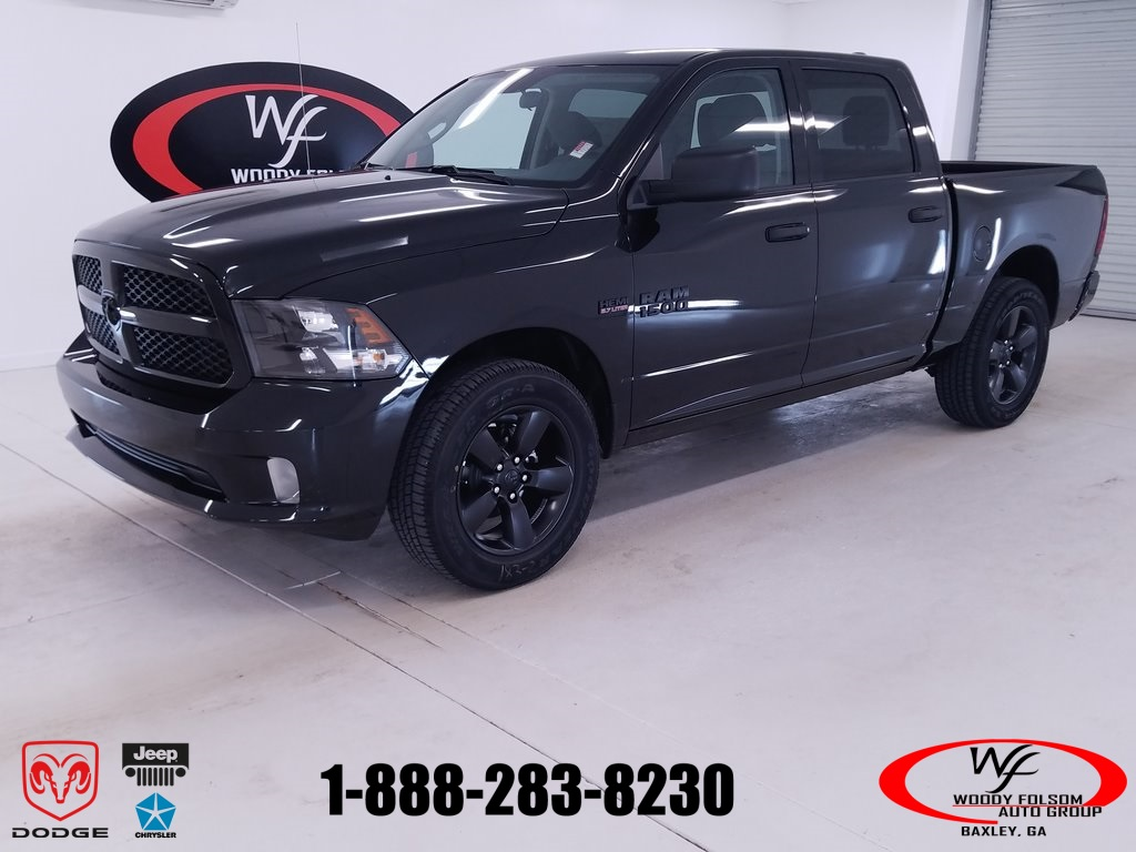 2018 Ram 1500 Crew Cab 4x2,  Pickup #DT071785 - photo 1