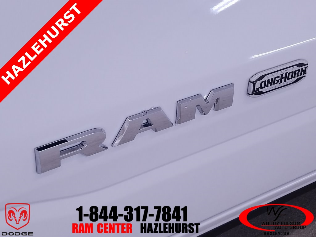 2019 Ram 1500 Crew Cab 4x4,  Pickup #DT073084 - photo 5
