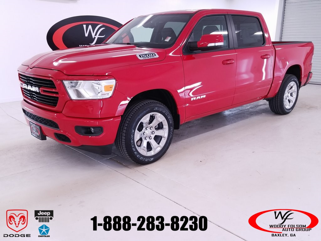 2019 Ram 1500 Crew Cab 4x4,  Pickup #DT083080 - photo 1