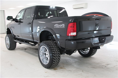 2018 Ram 2500 Crew Cab 4x4, Pickup #DT090674 - photo 2