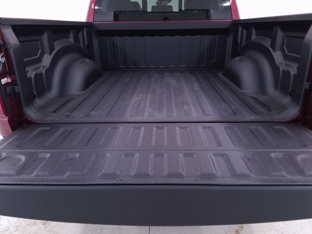 2019 Ram 1500 Crew Cab 4x4,  Pickup #DT091483 - photo 10