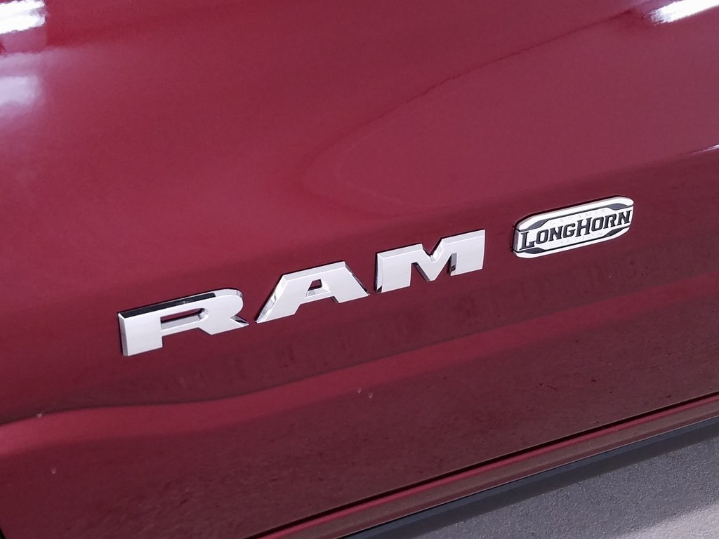 2019 Ram 1500 Crew Cab 4x4,  Pickup #DT091483 - photo 5