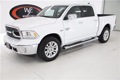 2018 Ram 1500 Crew Cab 4x4, Pickup #DT091972 - photo 1