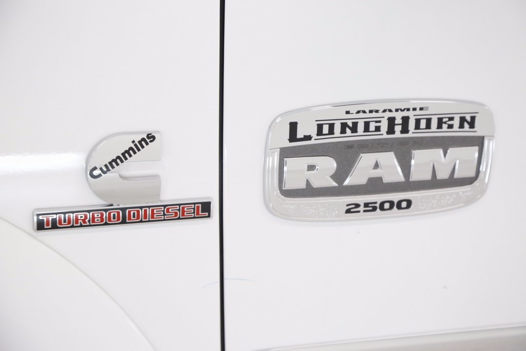 2018 Ram 2500 Crew Cab 4x4 Pickup #DT091973 - photo 4