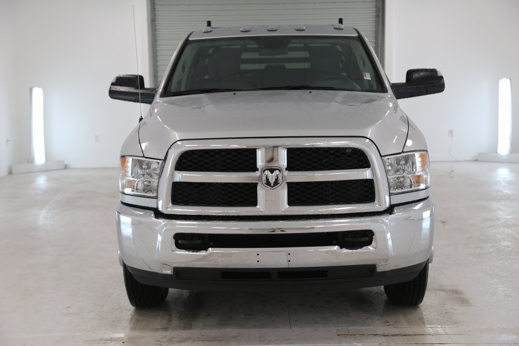 2018 Ram 3500 Crew Cab DRW 4x4 Platform Body #DT112075 - photo 3