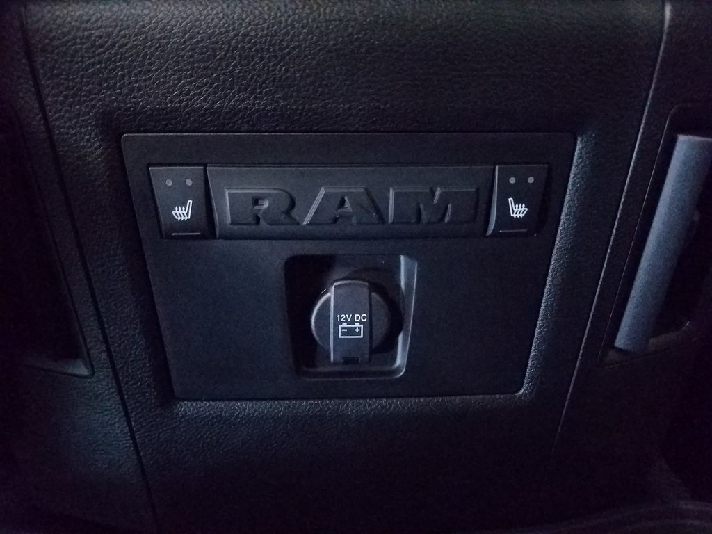 2018 Ram 3500 Crew Cab DRW 4x4,  Pickup #DT120383 - photo 15