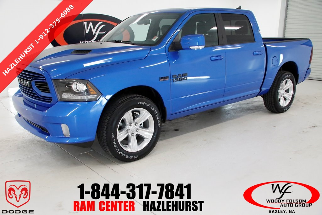 2018 Ram 1500 Crew Cab 4x4,  Pickup #DT120571 - photo 1