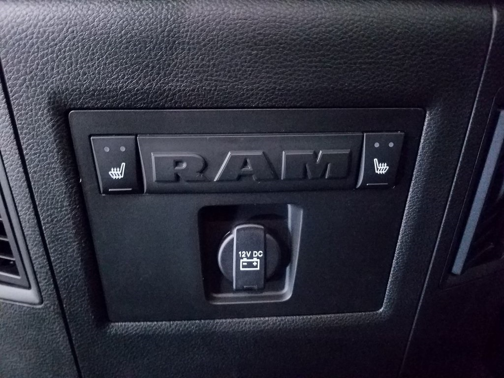 2018 Ram 3500 Crew Cab DRW 4x4,  Pickup #DT121287 - photo 13