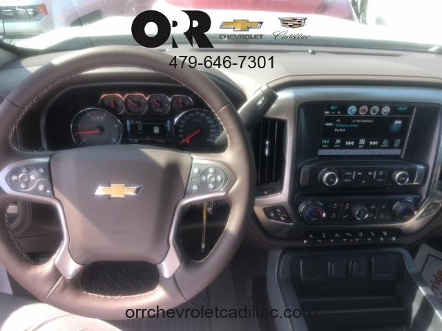 2019 Silverado 2500 Crew Cab 4x4,  Pickup #108713 - photo 4