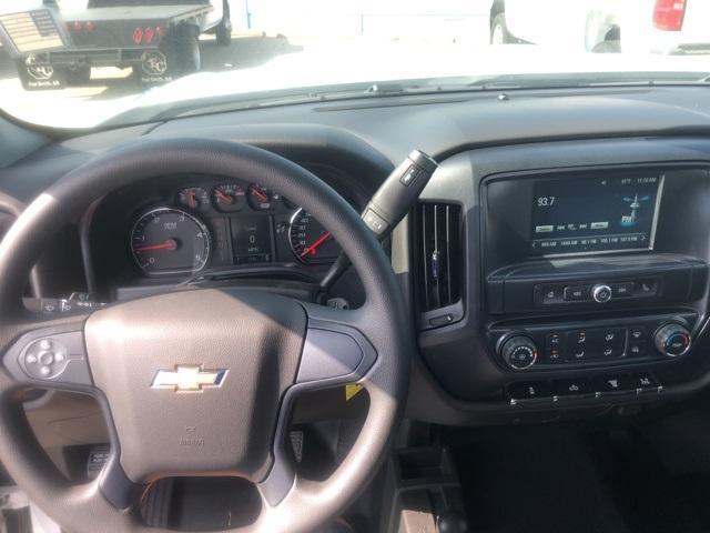2019 Silverado 3500 Regular Cab DRW 4x4,  Cadet Western Platform Body #119247 - photo 4