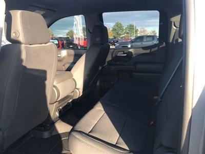 2021 Chevrolet Silverado 1500 Crew Cab 4x4, Pickup #144472 - photo 4