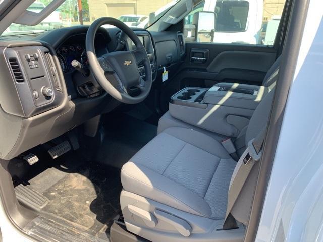 2019 Silverado 3500 Regular Cab DRW 4x2,  Custom Equipment Company Platform Body #159497 - photo 3