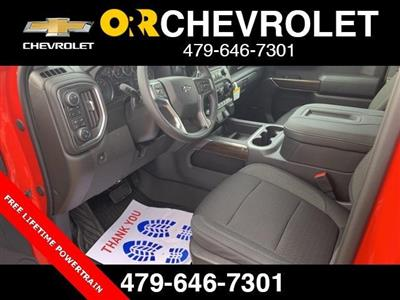 2020 Silverado 1500 Crew Cab 4x4, Pickup #163740 - photo 3