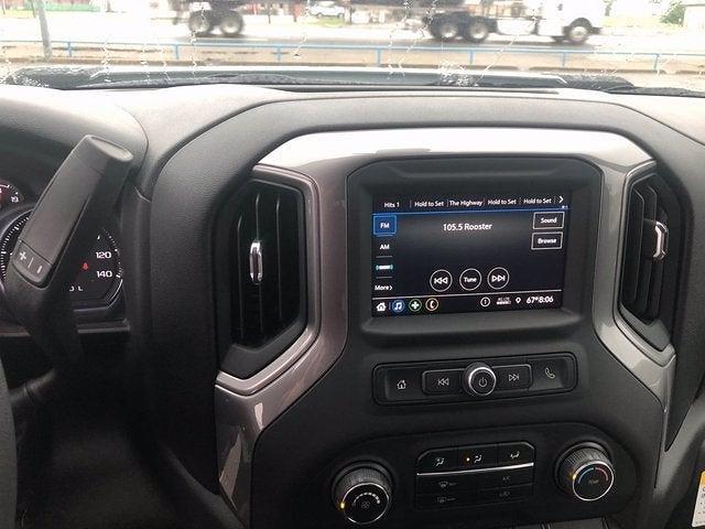 2021 Chevrolet Silverado 3500 Crew Cab 4x2, CM Truck Beds RD Model Platform Body #243001 - photo 7