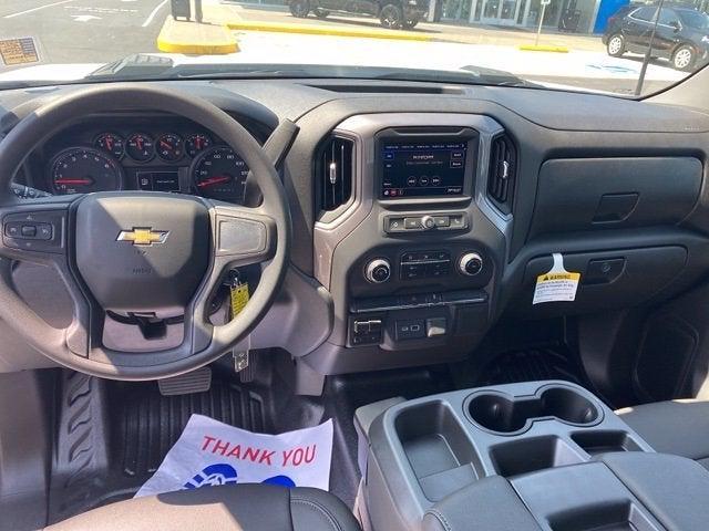 2021 Chevrolet Silverado 3500 Regular Cab 4x4, Cab Chassis #290535 - photo 5