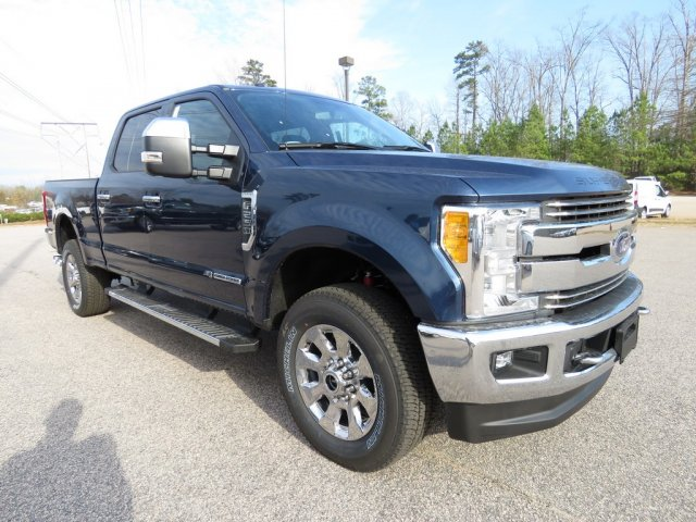 2017 F-250 Crew Cab 4x4, Pickup #T789309 - photo 3