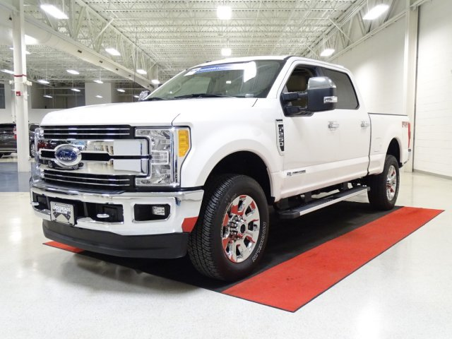2017 F-250 Crew Cab 4x4, Pickup #T789388 - photo 6