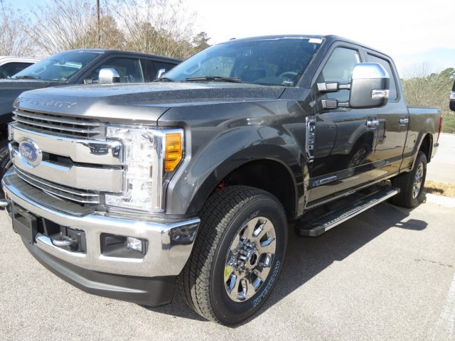 2017 F-250 Crew Cab 4x4 Pickup #T789462 - photo 1