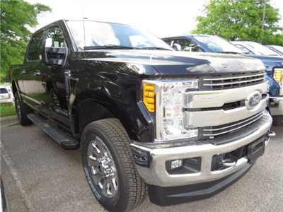 2017 F-250 Crew Cab 4x4 Pickup #T789668 - photo 3