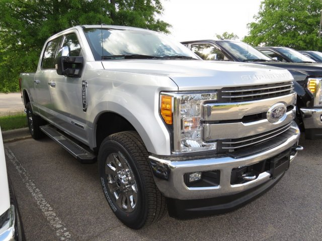 2017 F-250 Crew Cab 4x4 Pickup #T789675 - photo 3
