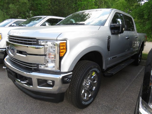 2017 F-250 Crew Cab 4x4 Pickup #T789675 - photo 1