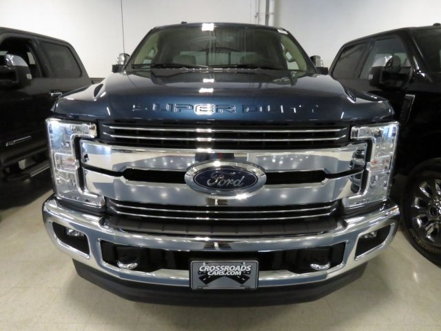 2017 F-250 Crew Cab 4x4, Pickup #T789707 - photo 3