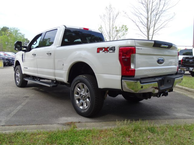 2017 F-250 Crew Cab 4x4, Pickup #T789751 - photo 5