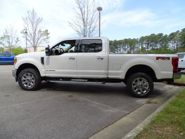2017 F-250 Crew Cab 4x4, Pickup #T789751 - photo 6
