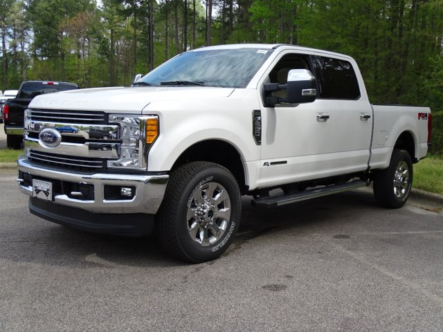2017 F-250 Crew Cab 4x4, Pickup #T789751 - photo 7