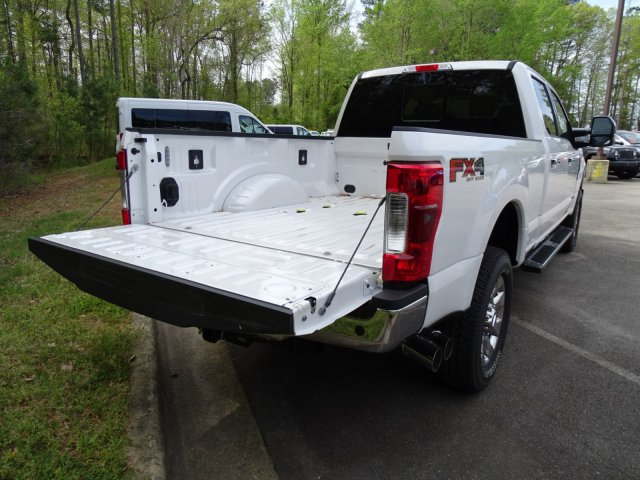 2017 F-250 Crew Cab 4x4, Pickup #T789751 - photo 40