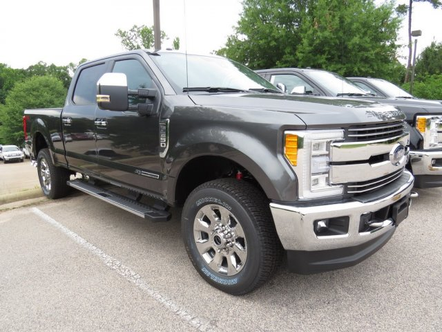 2017 F-250 Crew Cab 4x4, Pickup #T789862 - photo 3