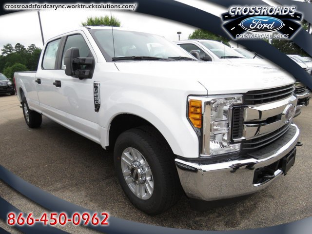 2017 F-250 Crew Cab, Reading SL Service Body #T790106 - photo 1
