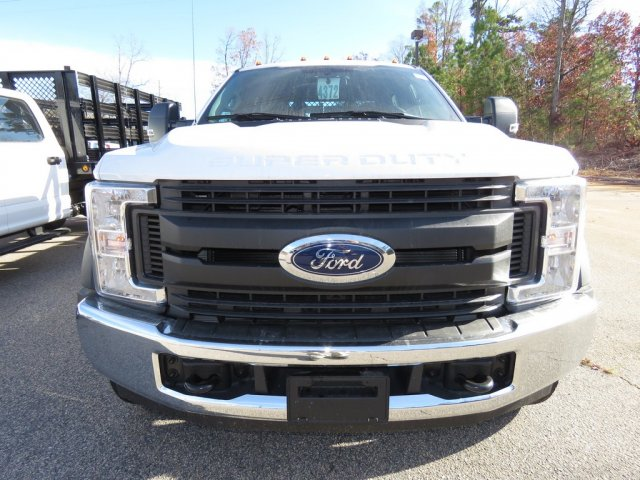 2017 F-550 Crew Cab DRW, Reading Stake Bed #T790859 - photo 4