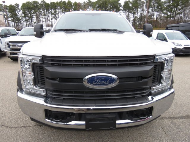 2017 F-550 Crew Cab DRW Stake Bed #T790868 - photo 4