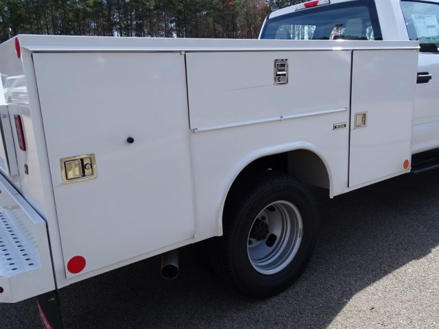 2018 F-350 Crew Cab DRW 4x4,  Reading Service Body #T796536 - photo 33