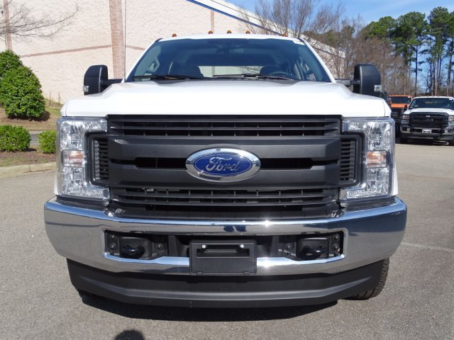 2018 F-350 Crew Cab DRW 4x4,  Reading Service Body #T796536 - photo 8