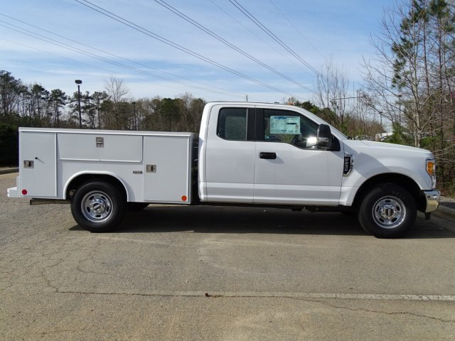 2017 F-250 Super Cab, Service Body #T799248 - photo 3