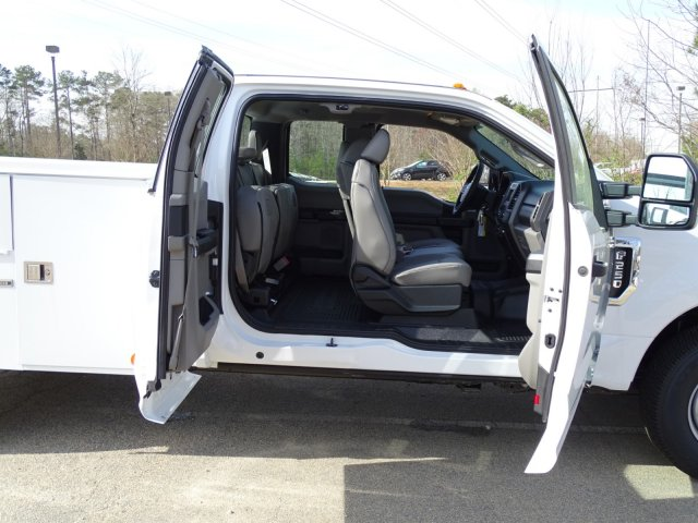 2017 F-250 Super Cab, Service Body #T799248 - photo 40