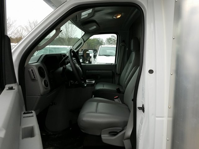 2018 E-450, Rockport Cutaway Van #T869036 - photo 11