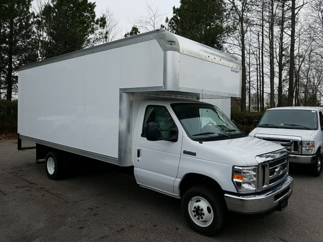 2018 E-450, Rockport Cutaway Van #T869036 - photo 3