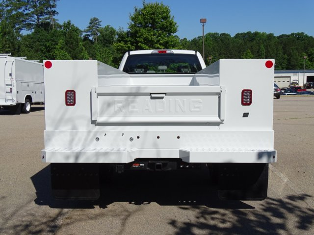 2018 F-450 Crew Cab DRW 4x2,  Reading Service Body #T869253 - photo 6