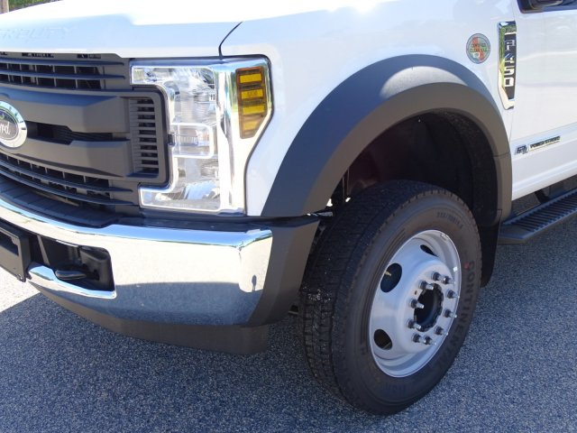 2018 F-450 Crew Cab DRW 4x2,  Reading Service Body #T869253 - photo 9