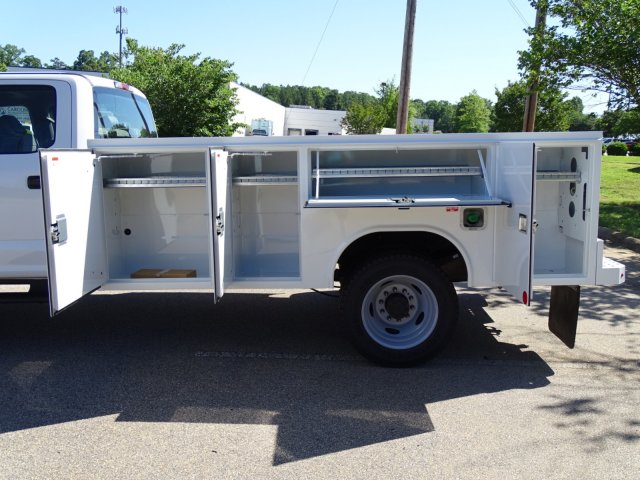 2018 F-450 Crew Cab DRW 4x2,  Reading Service Body #T869253 - photo 35