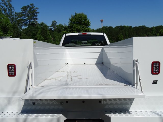 2018 F-450 Crew Cab DRW 4x2,  Reading Service Body #T869253 - photo 37