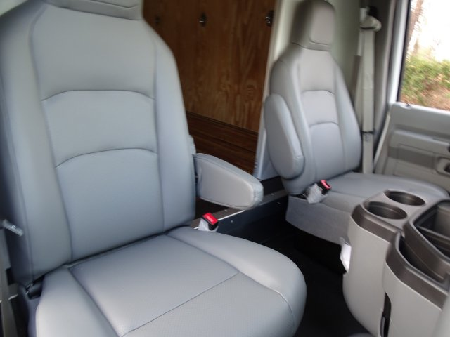 2018 E-350 4x2,  Rockport Cutaway Van #T869316 - photo 38