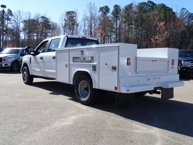 2018 F-350 Crew Cab DRW 4x2,  Reading Service Body #T879793 - photo 5
