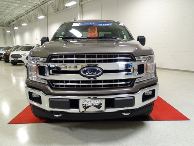 2018 F-150 Crew Cab 4x4, Pickup #T889007 - photo 8